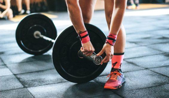 Trening siłowy – dlaczego warto się na nim skoncentrować?