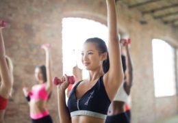 Wzmocnienie części ciała – jak wybrać odpowiedni trening?